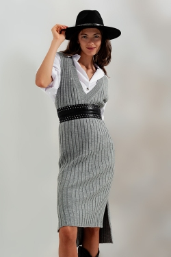 Knitted vest dress in grey